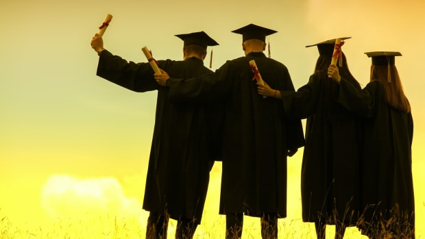 College Grads and Diplomas