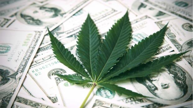 7_Marijuana_ETF_Picks_For_2021-5fce3c3fb639e84c30342743_1_Dec_08_2020_1_34_53_poster