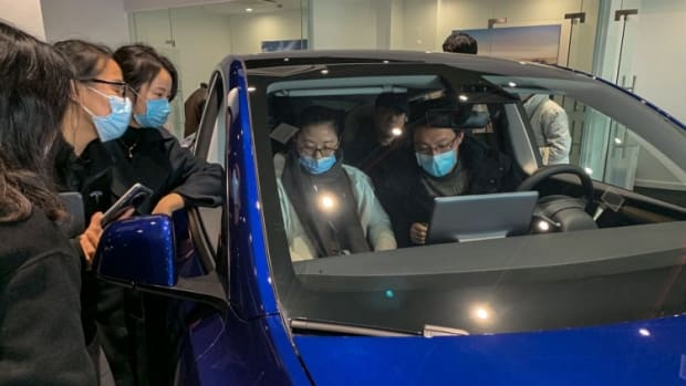 Tesla's Shanghai-made Model Y Gets Rousing Reception As Chinese Buyers Rush To Place Orders For Competitively Priced SUV