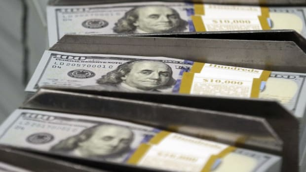 As US Economic Clout Diminishes, China And Europe Work To Cut Dollar Reliance