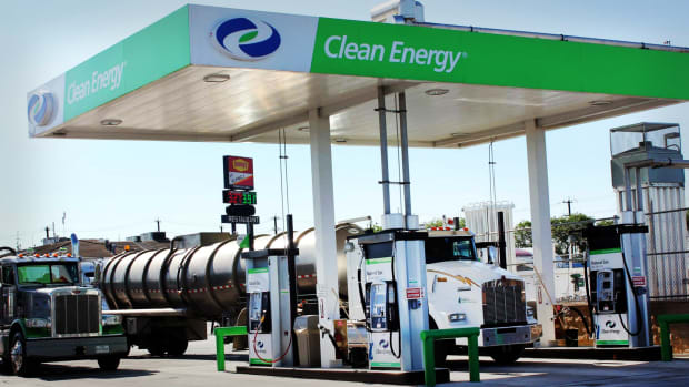 Clean Energy Fuels Lead