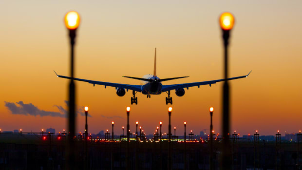 15. Aviation plane travel sh
