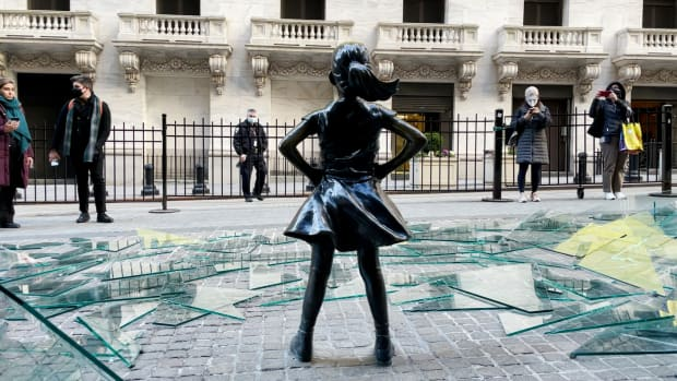 Fearless Girl From Behind