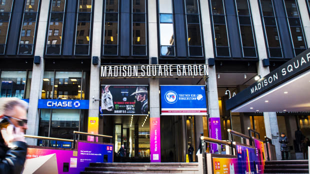 Madison Square Garden Lead