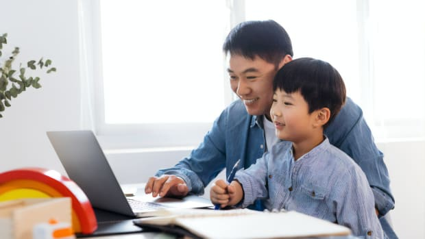 2 tax tips for single parents