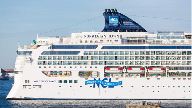 14 norwegian dawn Darryl Brooks : Shutterstock