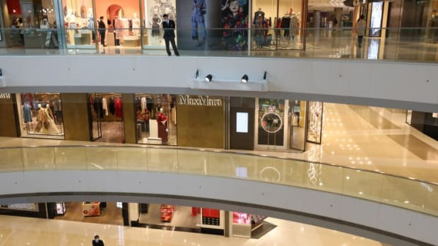 Rents, Prices Of Hong Kong Shops In Core Shopping Districts Could Sink 80 Per Cent In Next Two To Three Years, Property Agency Says