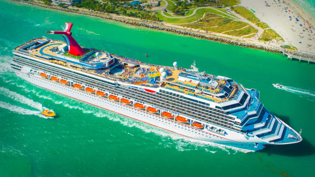 Carnival Cruise Lines Lead