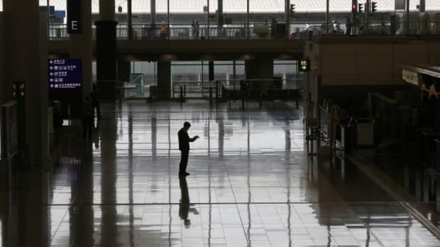 Coronavirus: Hong Kong's Airport Passenger Volume Nosedives 91 Per Cent, Approaching 2003's All-time Low During Sars