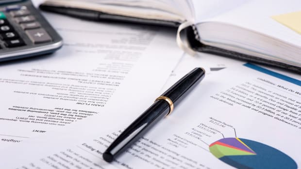 5 Essential Healthcare and Estate Planning Documents You Need