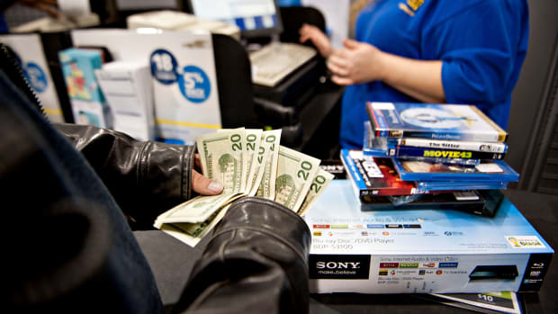 Keeping the Happy in the Holidays: Avoid Credit Card Debt