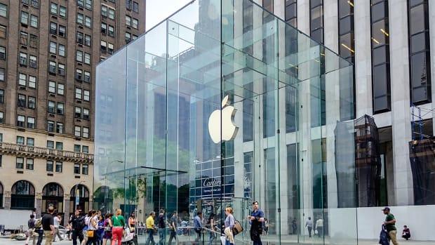 3 apple Marco Rubino : Shutterstock