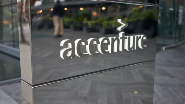 30 accenture vancouver Tada Images : Shutterstock