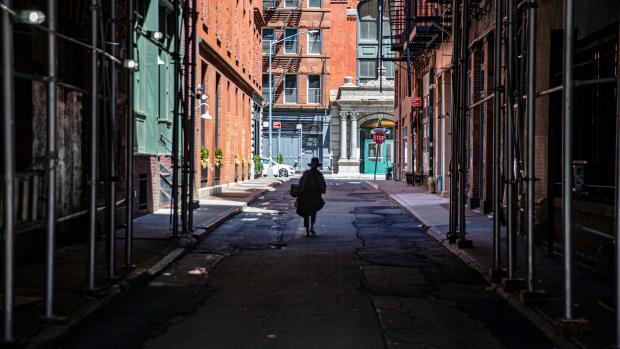 30 new york nyc tarabird : Shutterstock