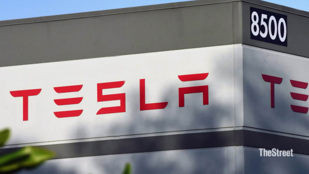 Tesla_10_Years_Since_IPO_july_1-5efcdf1f9c89f47042ecba80_Jul_01_2020_19_14_29