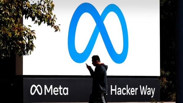 Facebook Meta Logo Lead