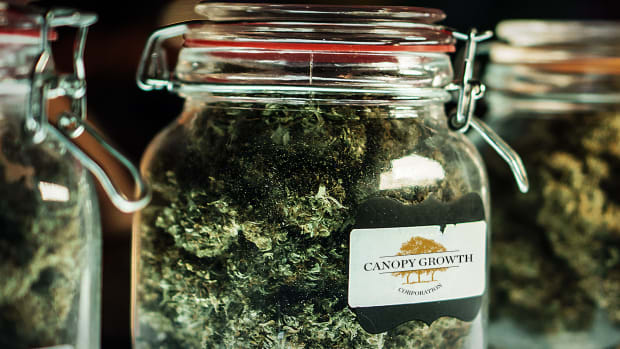 Canopy Growth Lead
