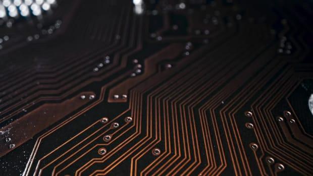 Top_5_Performing_Semiconductor_ETFs_Of_T-606b32424f499f10a88813b1_1_Apr_05_2021_17_14_32_poster