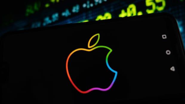 Apple Lead