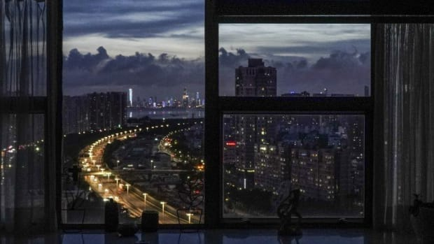 Shenzhen's Housing Market Downcycle 'has Begun' After Cooling Measures As Banks Tighten Mortgage Lending