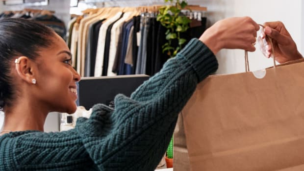 Retail Store Shopper Lead