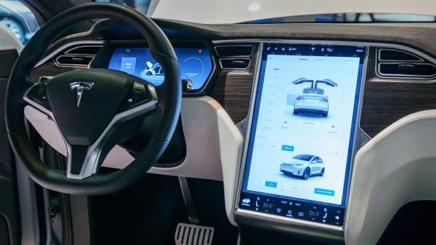 Tesla autopilot Lead