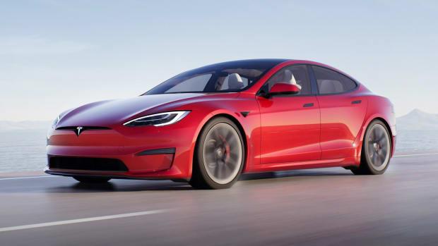 Tesla Model S Lead
