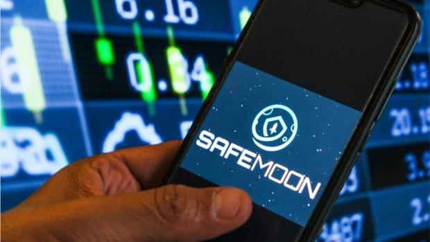 SafeMoon App
