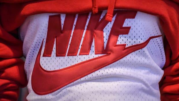 Nike Lead