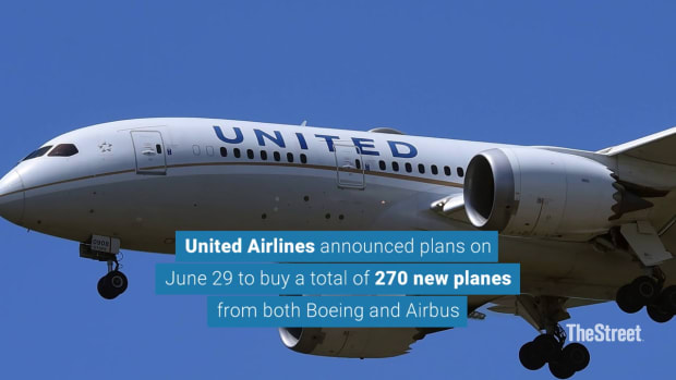 United Airlines Announces Record $30 Billion Order for Boeing, Airbus Jets