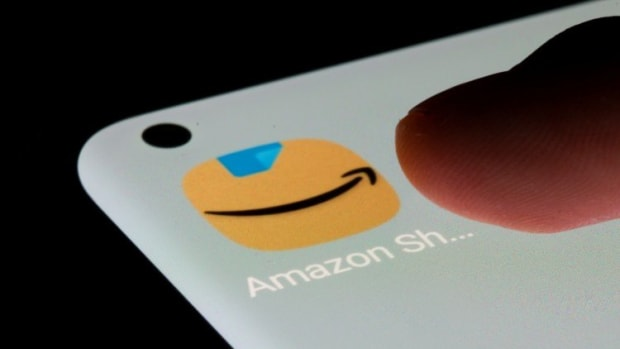 'Made In China, Sold On Amazon' Merchants Scramble To Minimise Losses After US Platform Closes Over 50,000 Chinese Shops