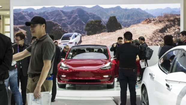 Huawei Removes Self-driving Car Chief After Remarks About Tesla 'killing' People Go Viral On Social Media
