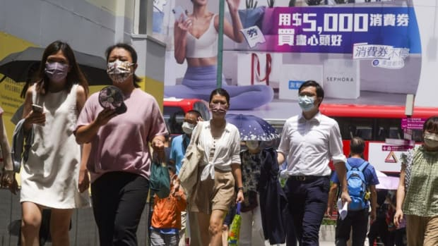 HK$5,000 Vouchers: Hong Kong Shoppers Irked Over Tap & Go Glitches Stopping Them From Using Coupons