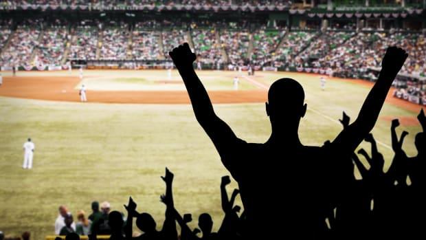 Major League Baseball Lead