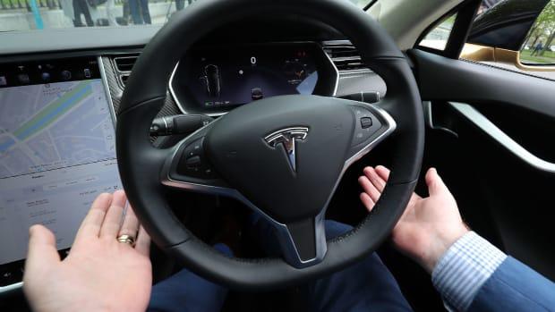 Tesla Autonomous Driving Lead