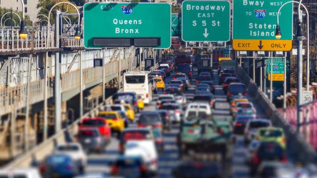 3 new york traffic sh