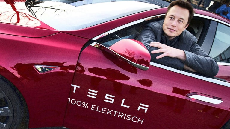 Elon Musk May Shift Down Role at Tesla, Analyst Says