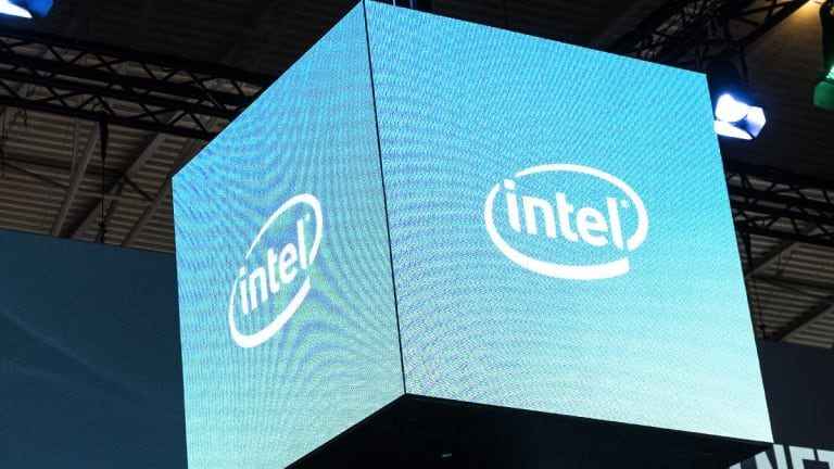 Intel Names Qualcomm's George Davis as Finance Chief