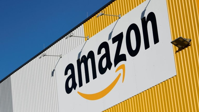 Amazon's Sizzling Growth Rate Is Starting to Fizzle Out