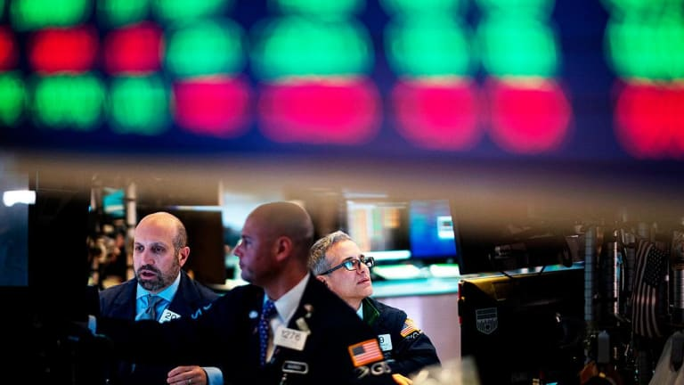 Dow, Nasdaq End Higher; S&P Briefly Tops 3,000 on Fed-Fueled Rate Cut Hopes