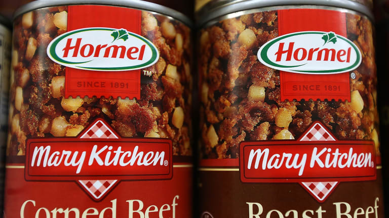 Hormel, Medtronic, Cisco and More: 'Mad Money' Lightning Round