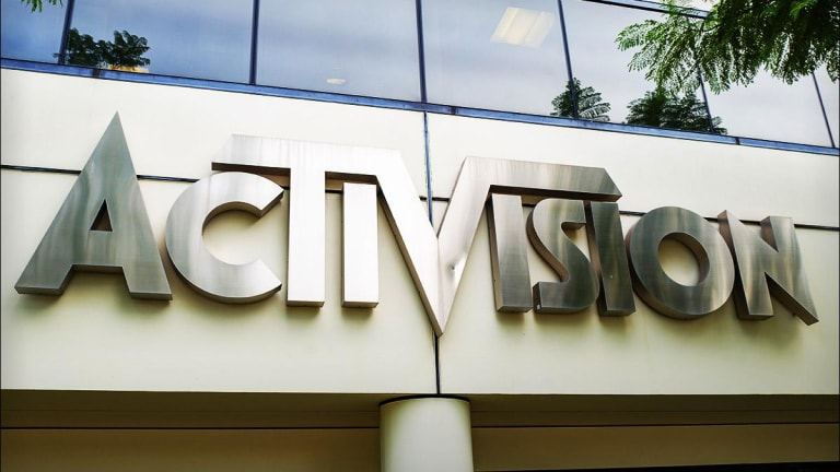 Activision Shares Advance as Buyback, Job Cuts Offset Weaker 2019 Outlook
