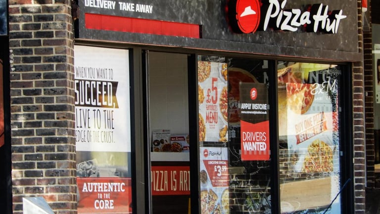 Yum Brands Tops Q4 Same-Store Sales Forecasts, Misses on Revenue