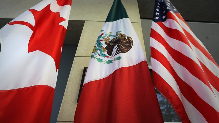 U.S. Reaches Deal With Mexico, Canada to Lift Aluminum and Steel Tariffs