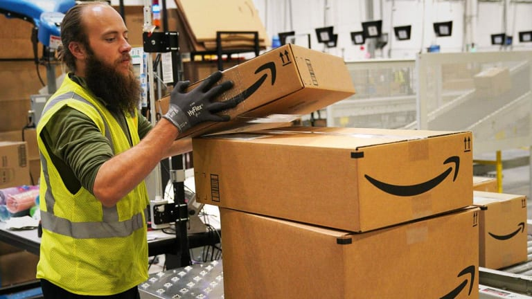 Amazon Agrees to Deal With French Robotic Forklift Company Balyo