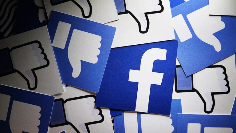 Facebook Shares Tumble on News FTC Gets OK for Probe