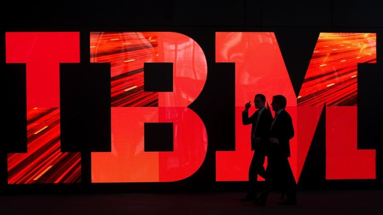 IBM Agrees $34 Billion Red Hat Takeover in Blockbuster Cloud Deal