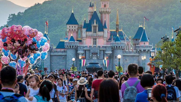 Disney Theme Parks Veteran Catherine Powell to Step Down