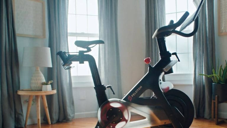 Peloton Falls More Than 11% in Its Trading Debut