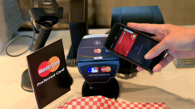 What Consumers Like And Hate About Mobile Payments